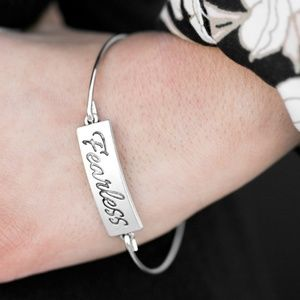 Bracelet - Live Fearlessly Silver